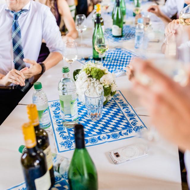 Getränke auf dem Tisch - Hochzeitsfotografie Fürstenfeldbruck