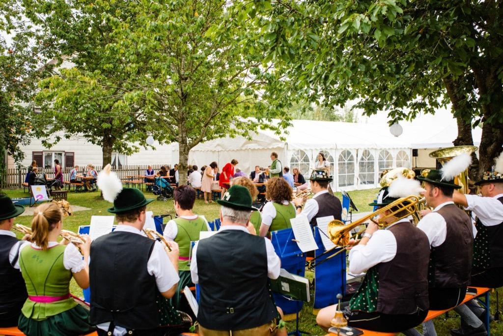 Hochzeitsgesellschaft -Hochzeitsfoto-Fürstenfeldbruck