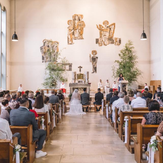 Bild in der Kirche bei der Traumesse