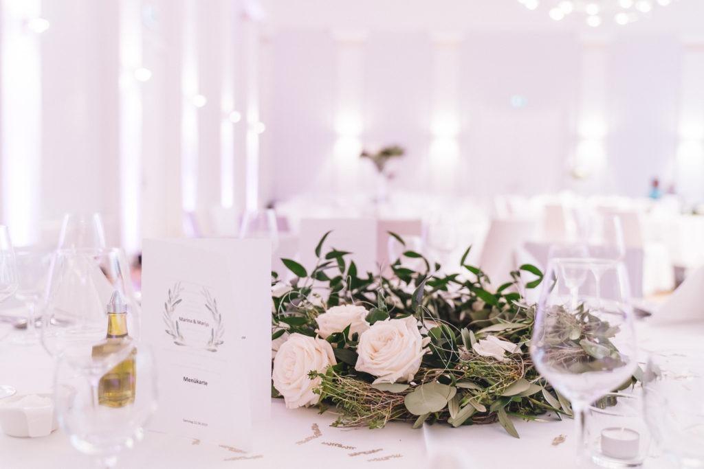 Hochzeitsbild vom Tischschmuck im Kursaal Bad Canstatt